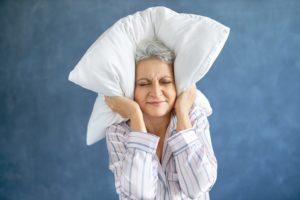 Qual a relação entre insônia e menopausa?